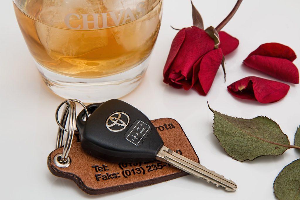 alcoholic drink-car-keys-rose-driving by-Steve-Buissinne